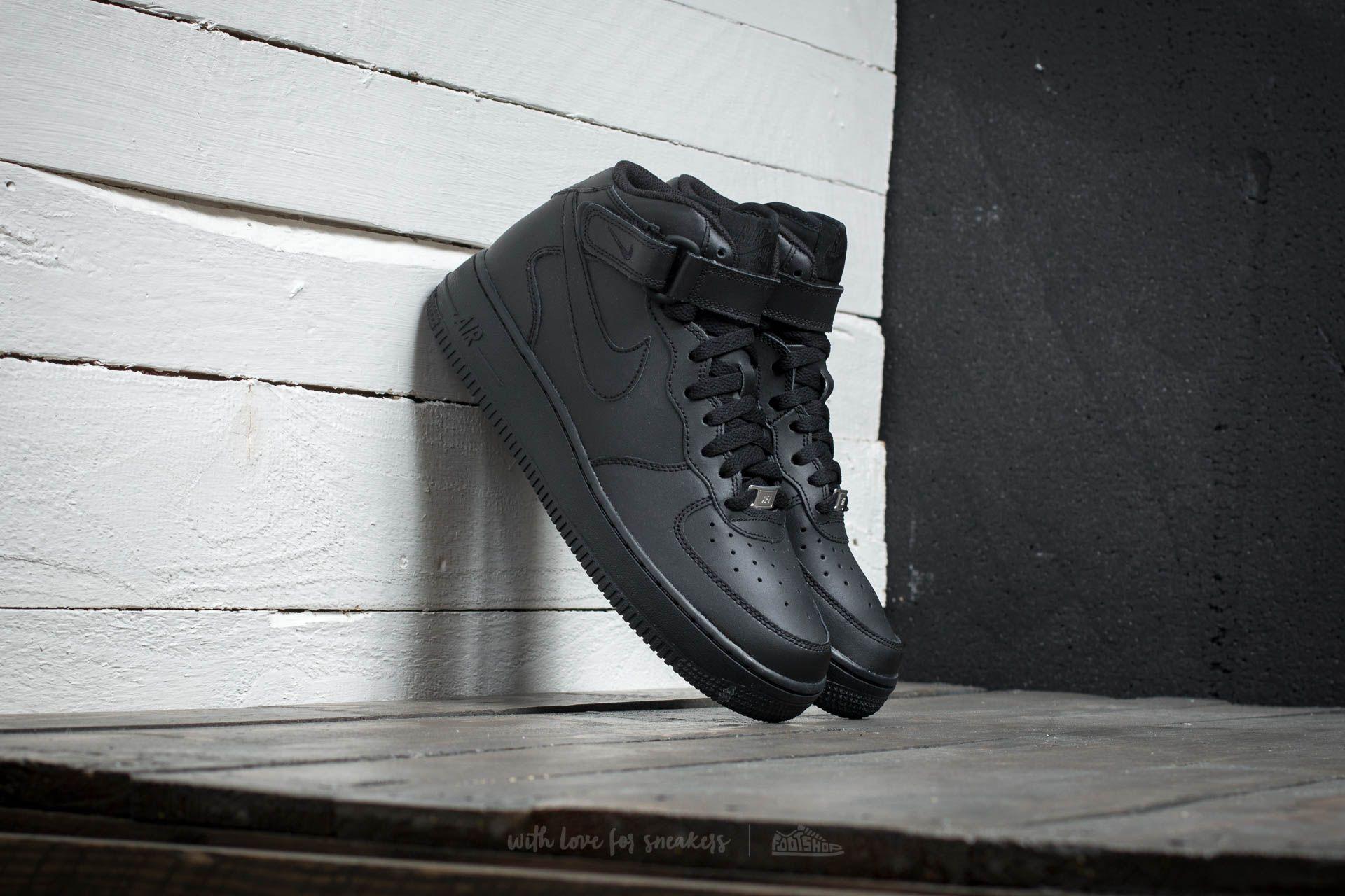 Nike Air Force 1 Mid (GS) Black/ Black za skvělou cenu 1 990 Kč koupíte na Footshop.cz