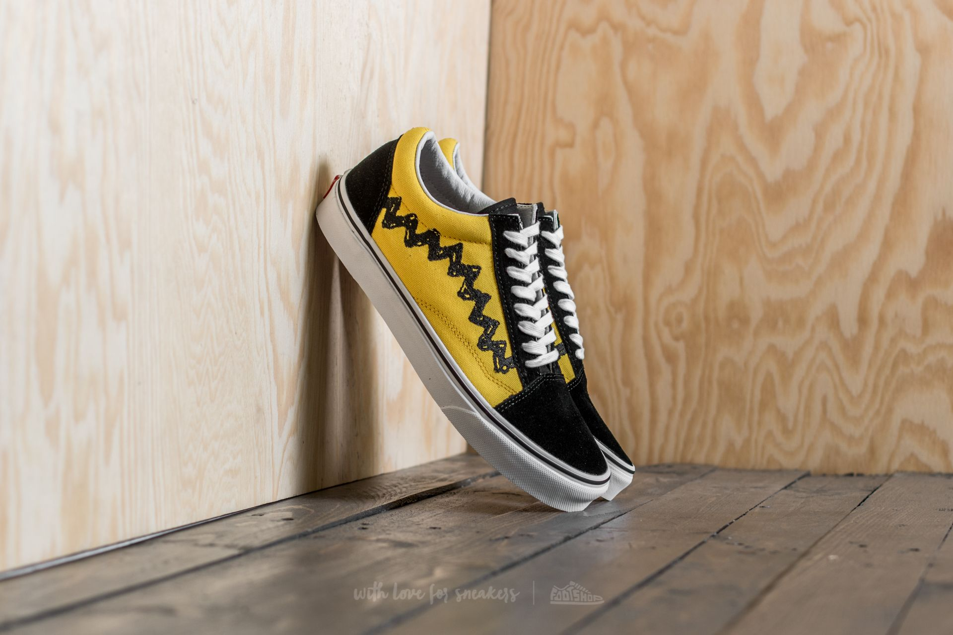 Vans x Peanuts Old Skool Charlie Brown  Black  c965bbe09