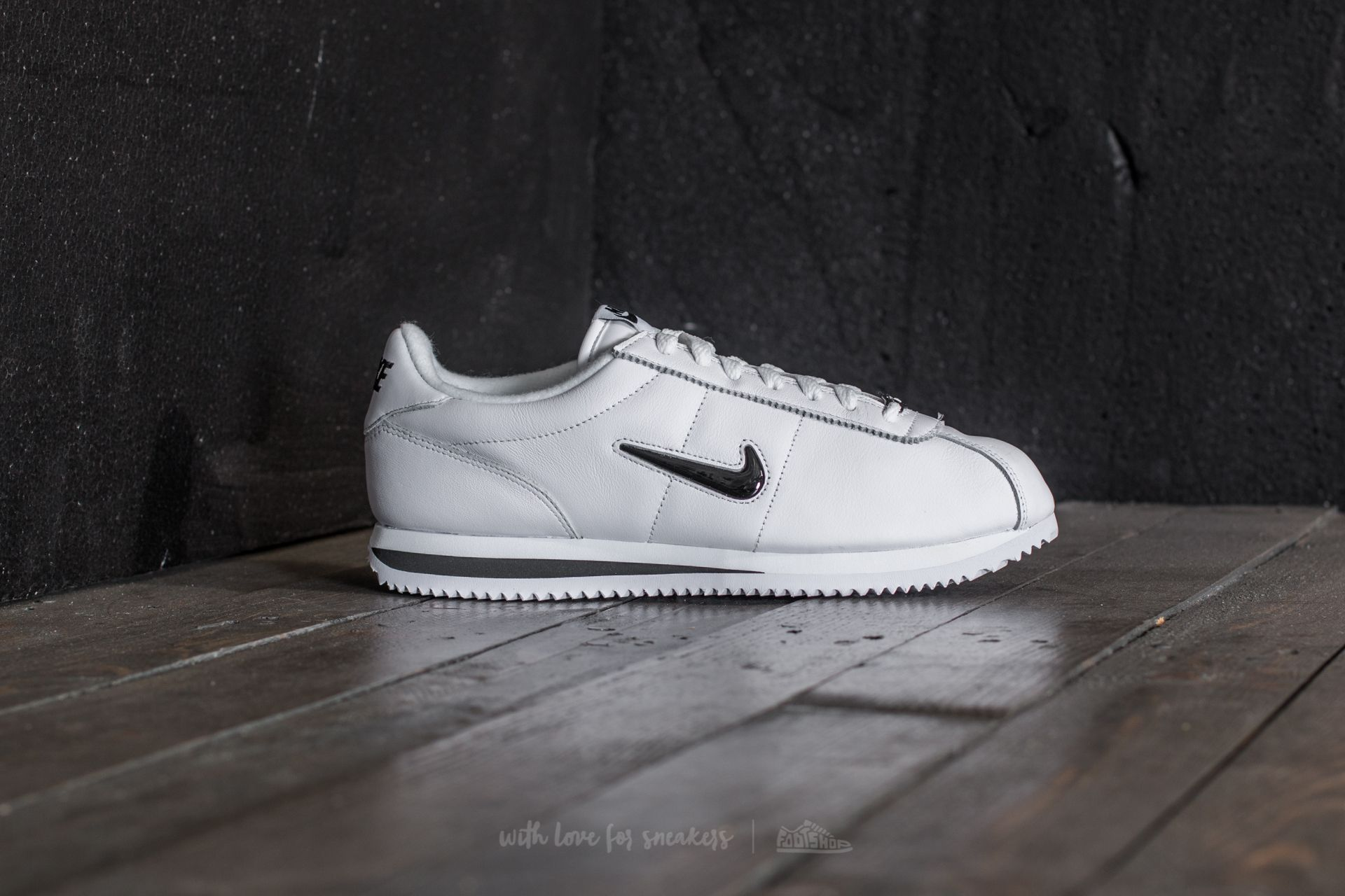 Nike Cortez Basic Jewel QS TZ White Black | Footshop