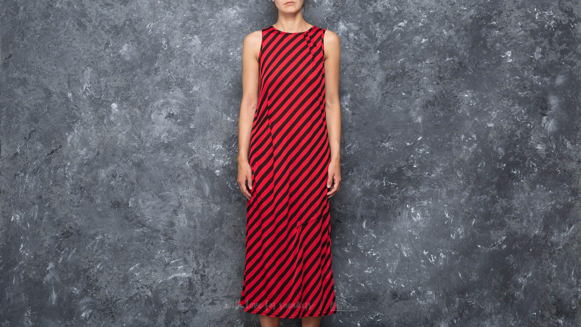 Cheap Monday Use Slash Stripe Dress Red/ Black za skvělou cenu 460 Kč koupíte na Footshop.cz