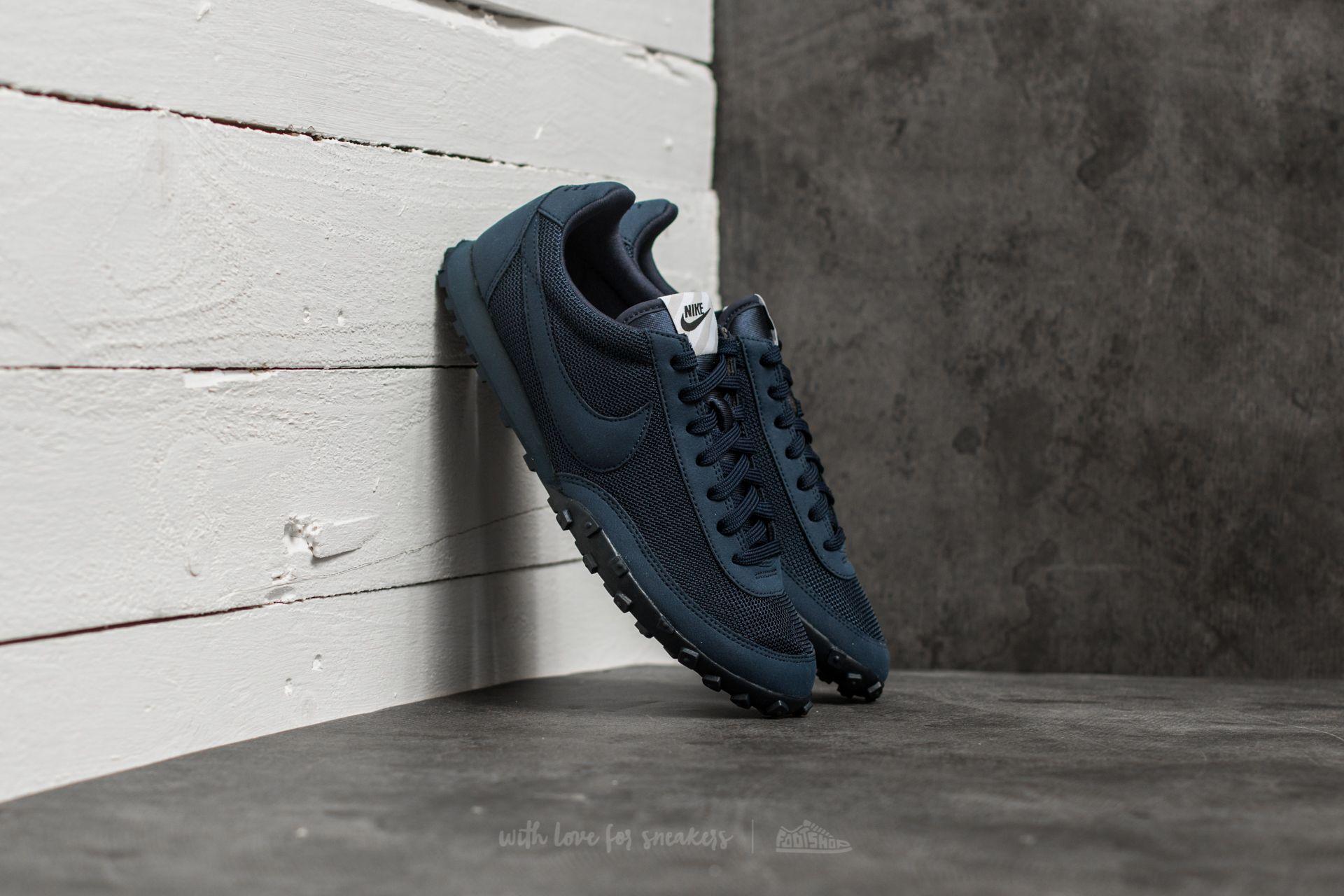 obturador Para construir Definición  Men's shoes Nike Waffle Racer ´17 Premium Obsidian/ Obsidian-Neutral Grey |  Footshop