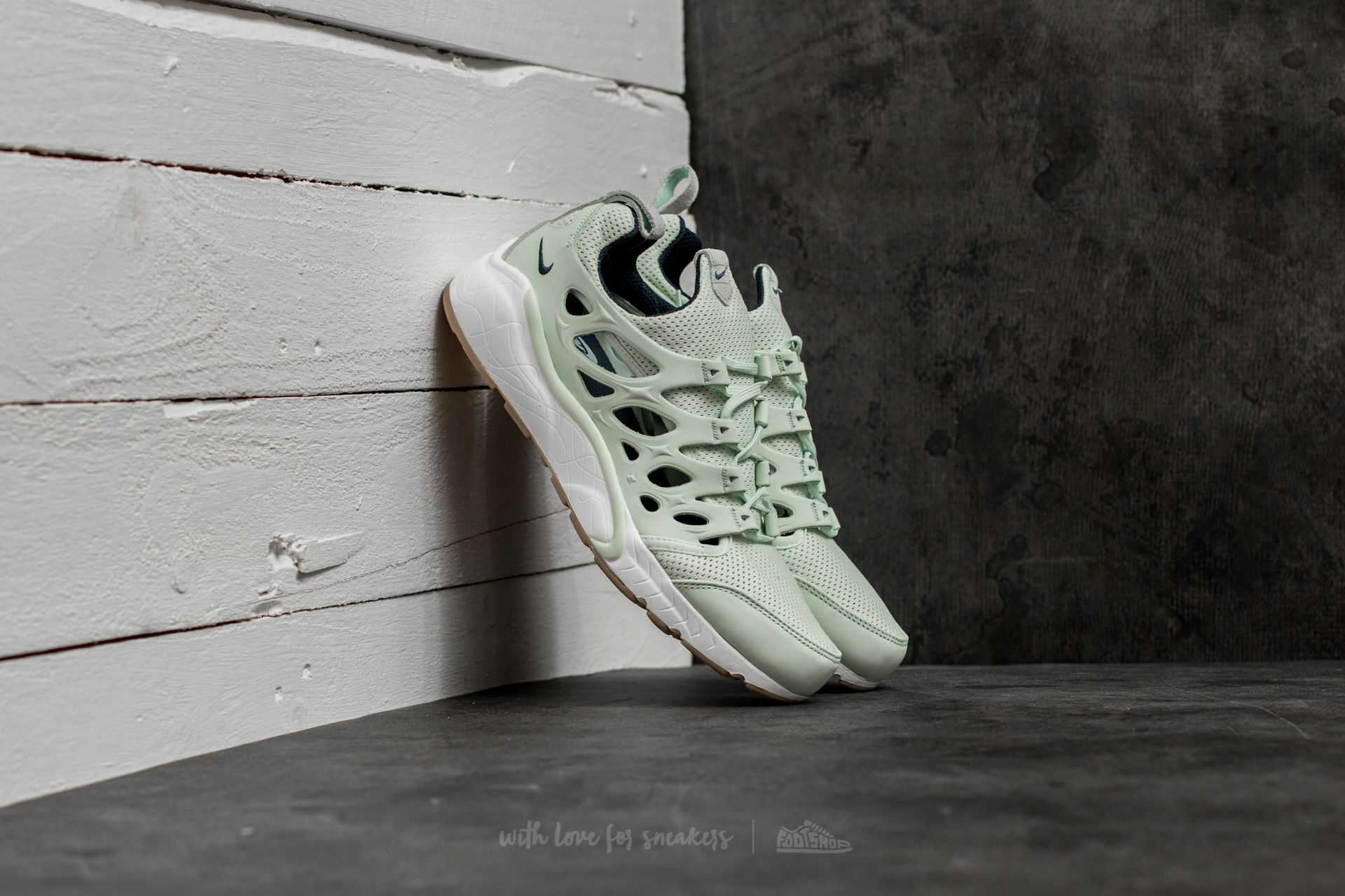 Nike Air Zoom Chalapuka Barely Green/ Armory Navy-Sail za skvělou cenu 2 200 Kč koupíte na Footshop.cz