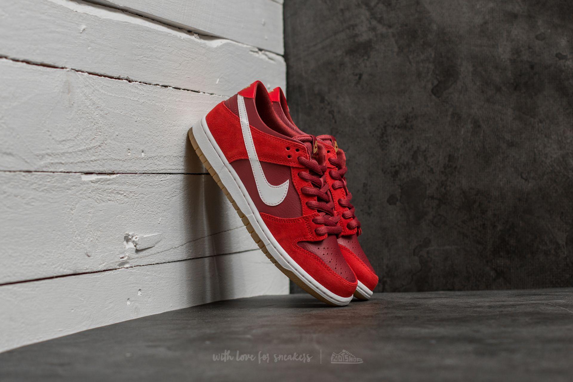 5146c2533319 Nike SB Zoom Dunk Low Pro Track Red  White-Cedar