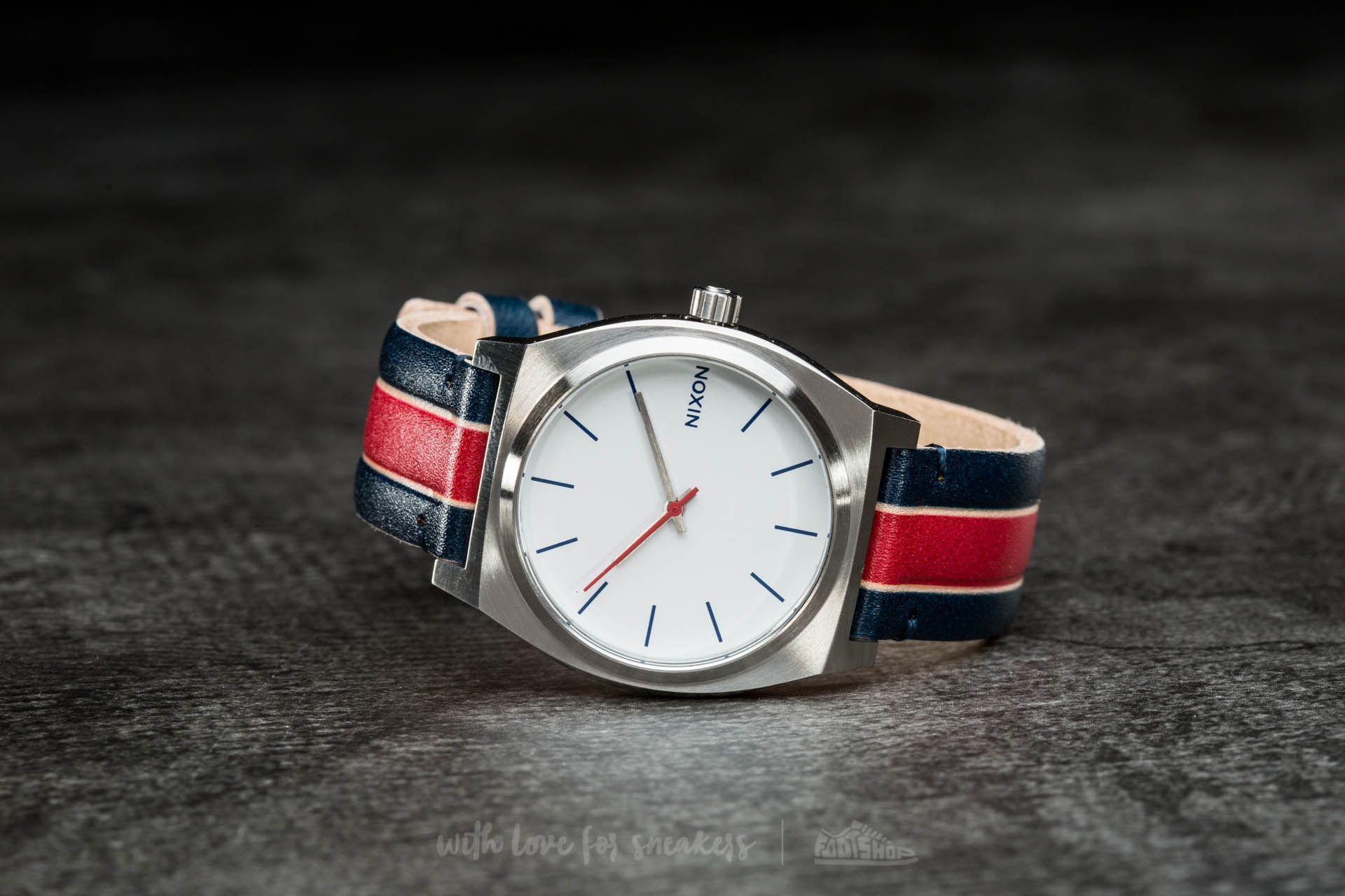 Nixon Time Teller White/ Stripes za skvělou cenu 1 630 Kč koupíte na Footshop.cz