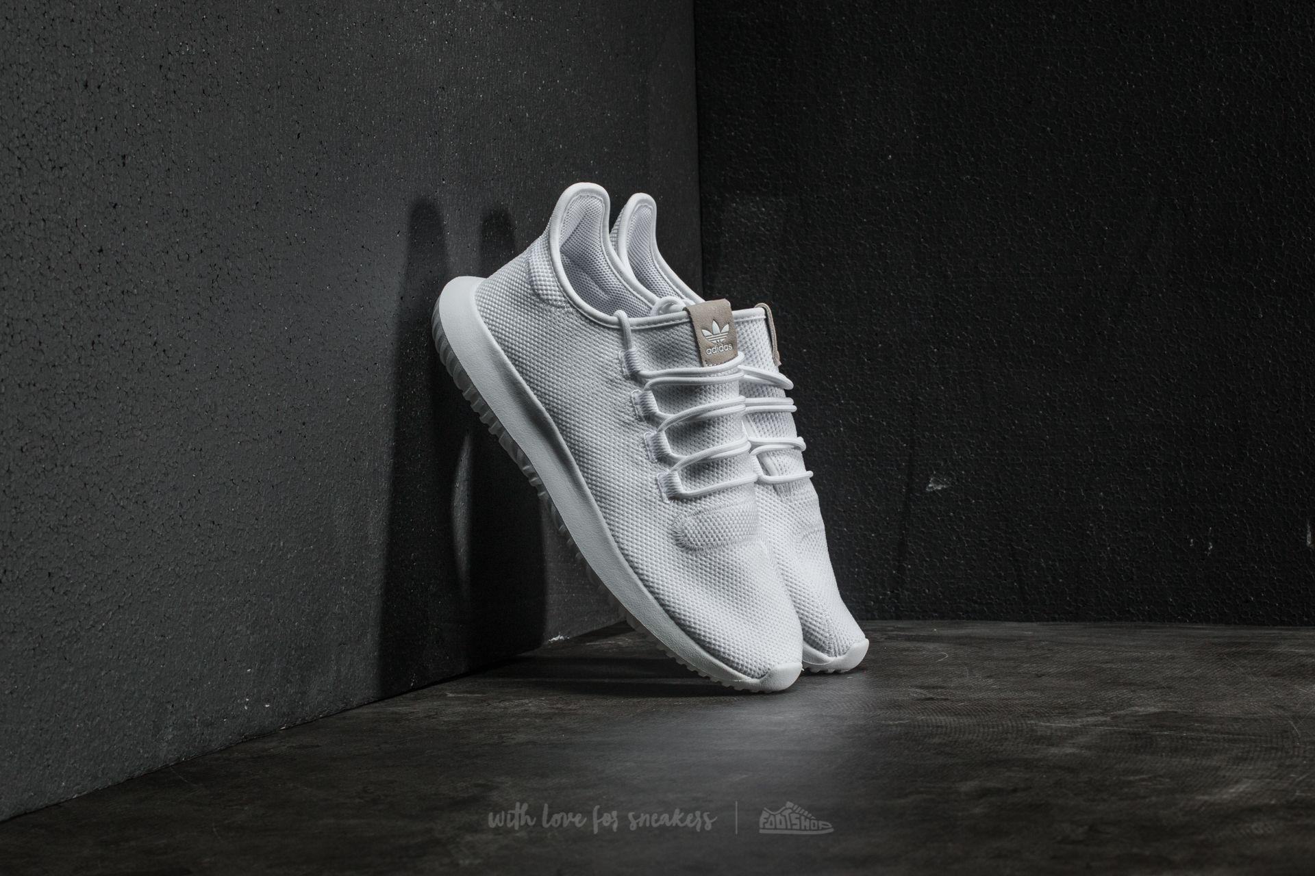 adidas Tubular Shadow Ftw White/ Core Black/ Ftw White