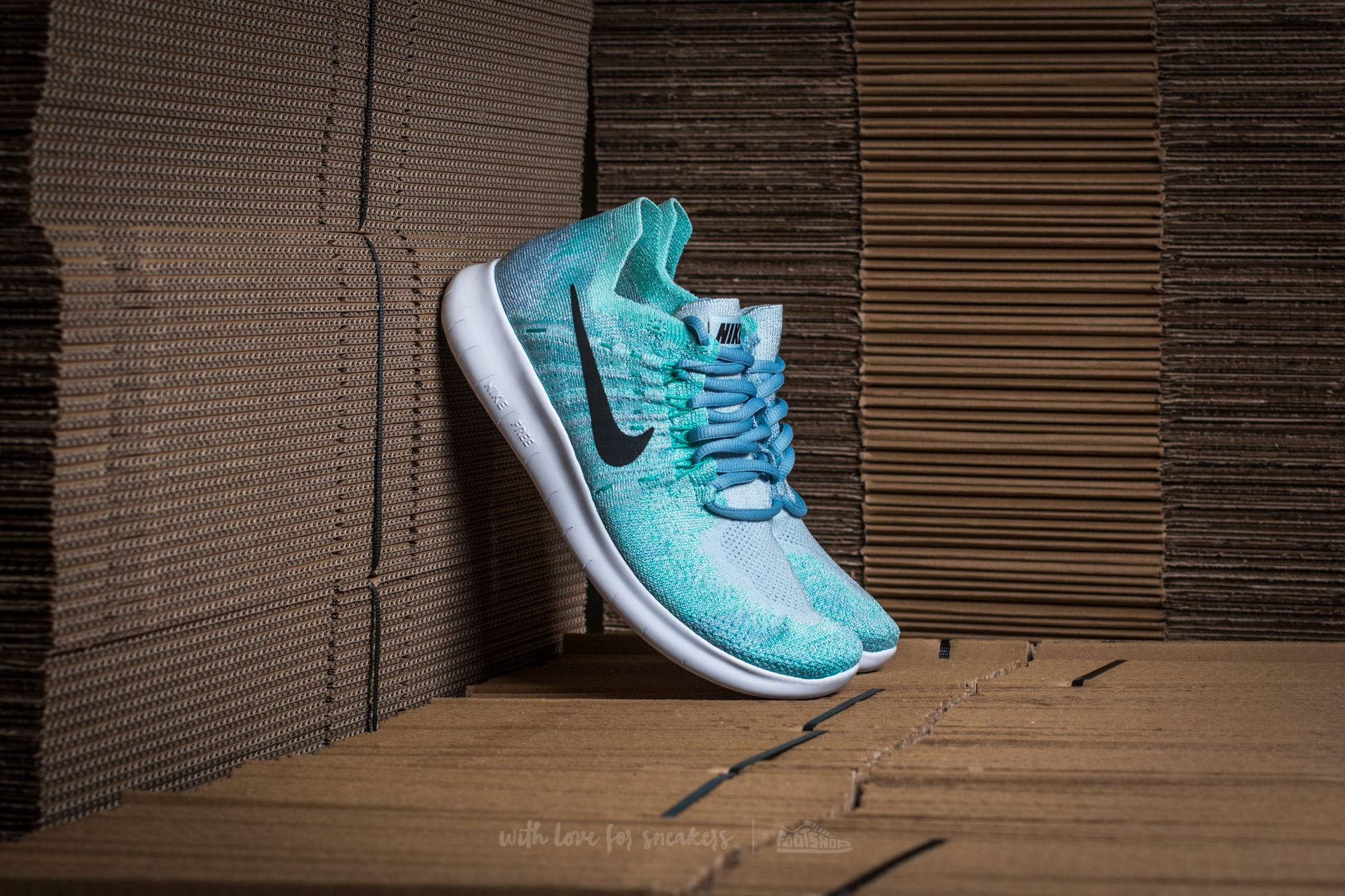 low priced 1c424 cc637 Nike Wmns Free RN Flyknit 2017