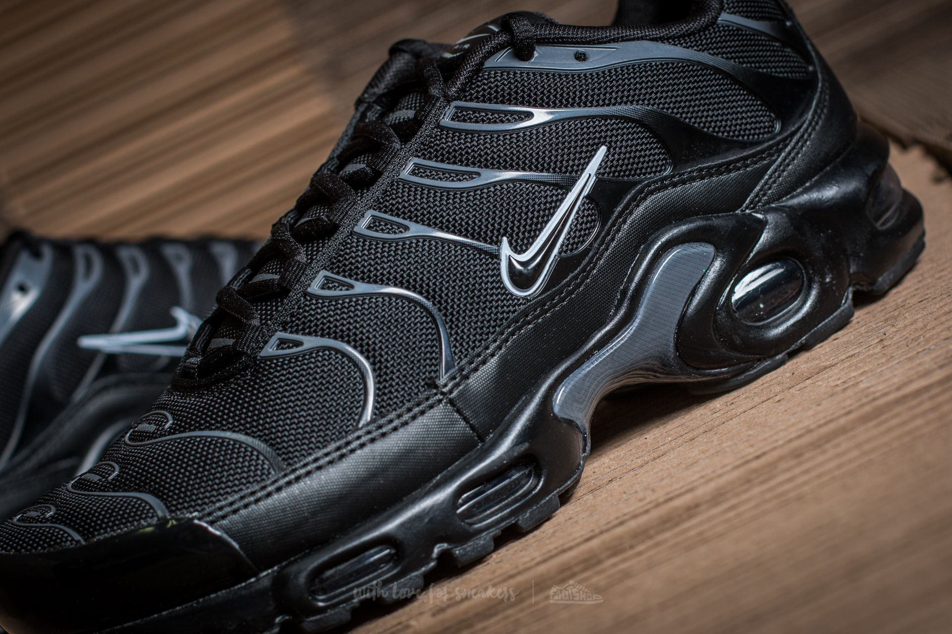 Men's shoes Nike Air Max Plus Black