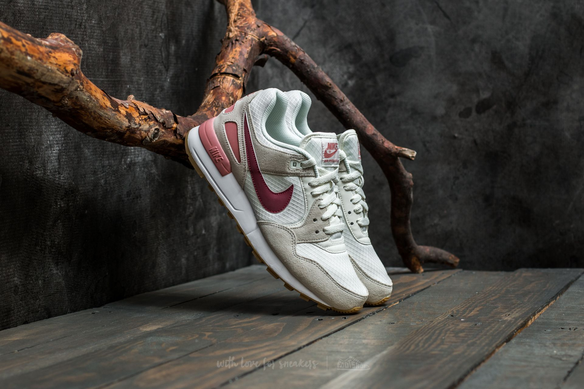 low priced 130bf 4a5a9 Nike Air Pegasus ´89 W. Sail Port-Red Stardust