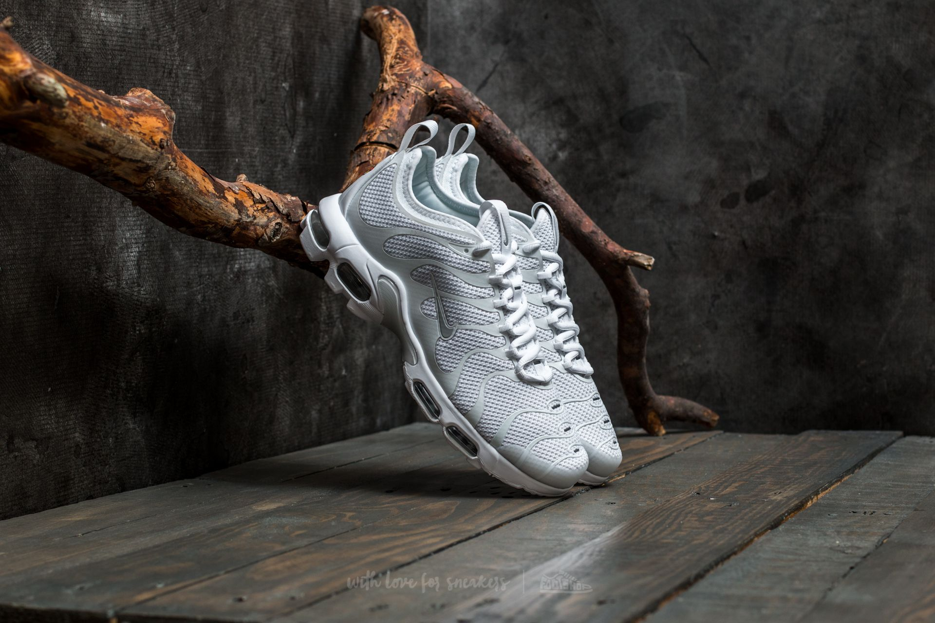 da3c7fd548c Nike Air Max Plus TN Ultra White  Pure Platinum-White